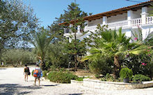 Odysseas in Agios Sostis